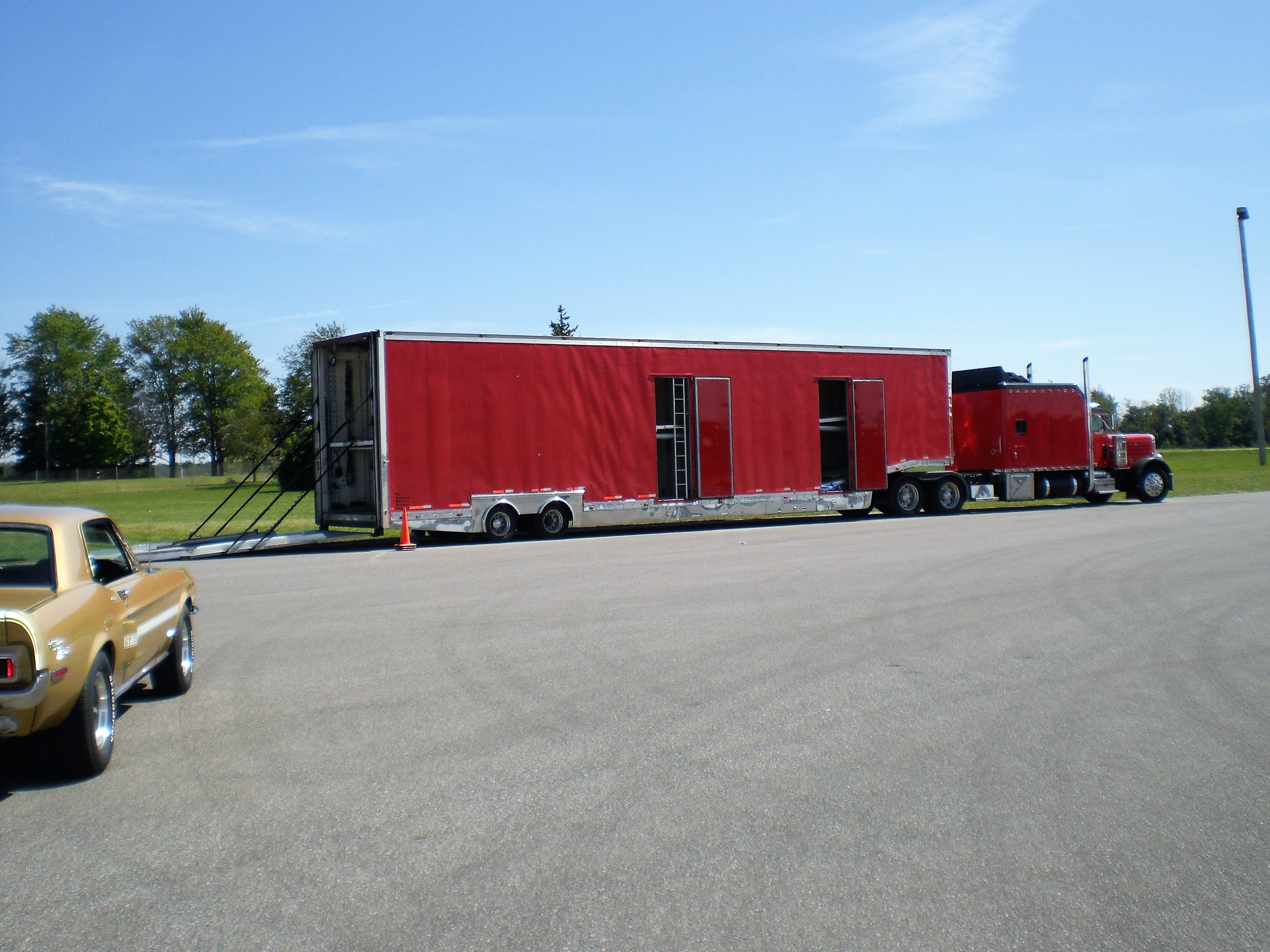 Vehicle Transport Quote Enclosed Auto Transport  Houston Auto Transport Auto Haulers And
